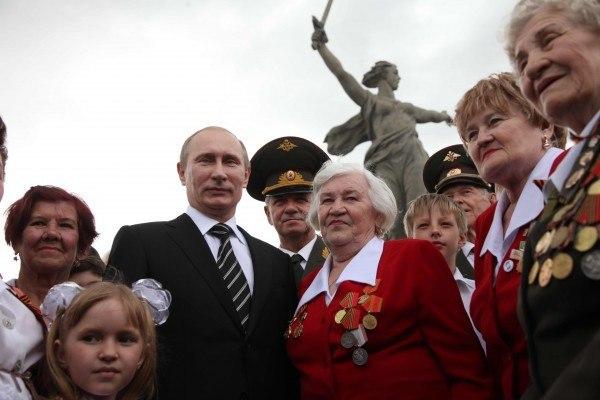 Президентский аккорд: народ готов выдать Путину «порубочный билет»