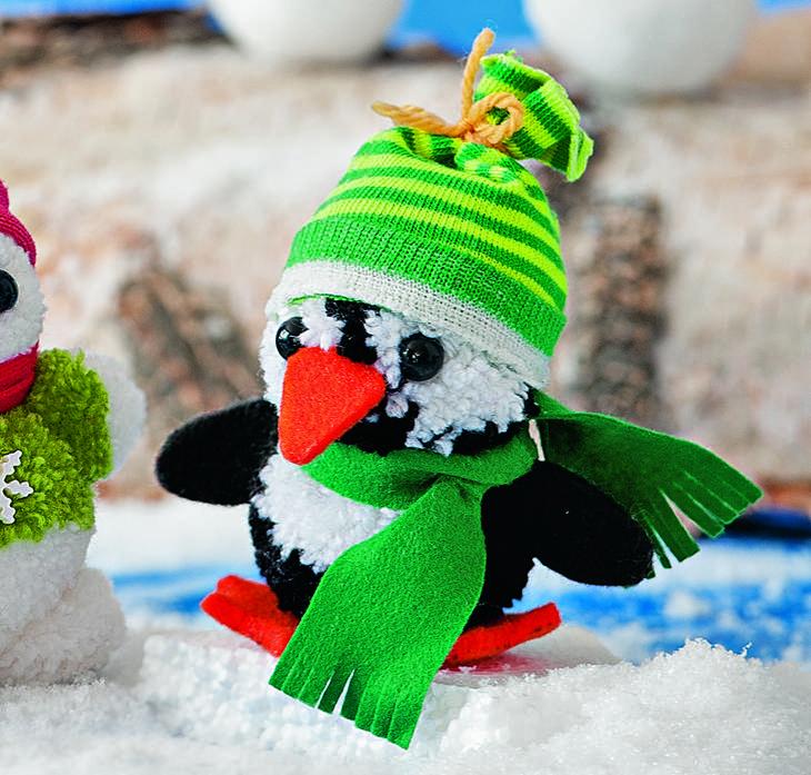 Как сшить пингвина из помпонов