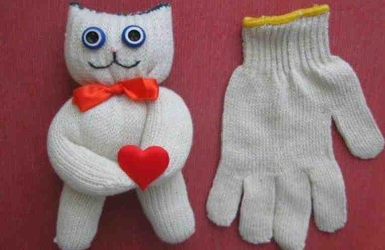 Как за 5 минут сделать из перчатки кота