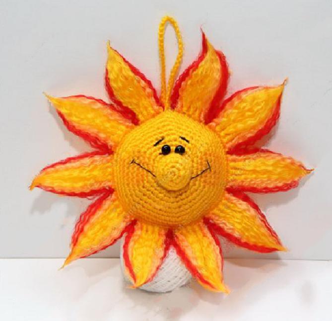 Вязаное солнышко - подробный мастер-класс. Простые советы, как шить быстрее