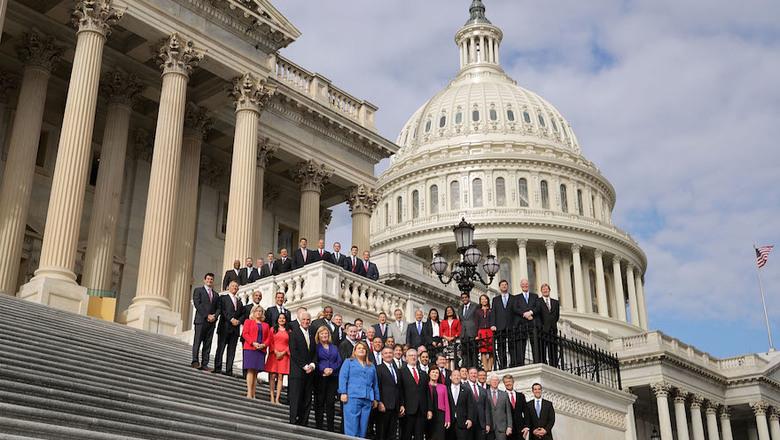 В Конгрессе США пытаются понять, почему нельзя завербовать русских