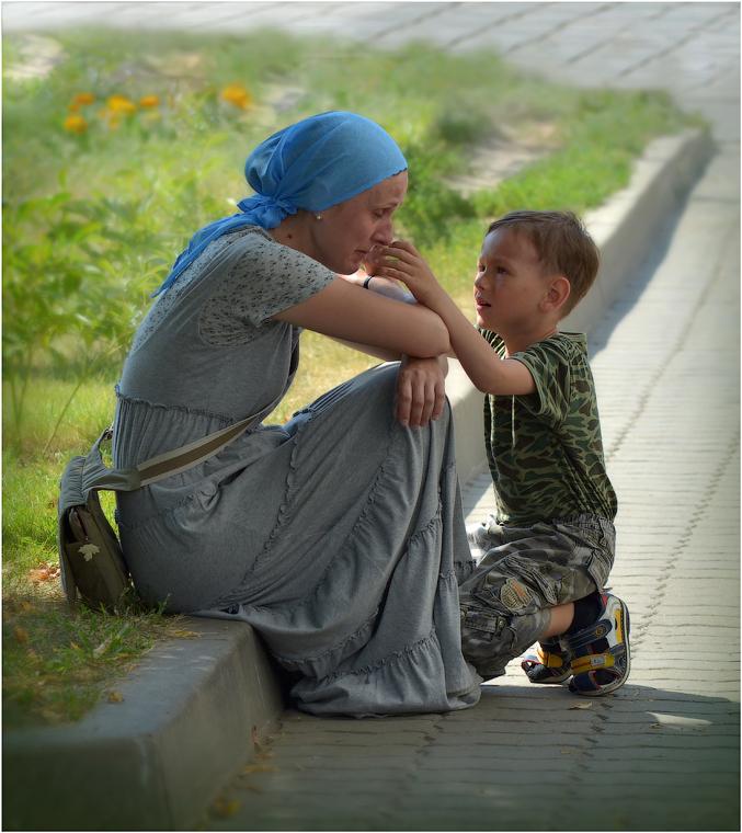 особенностями обладает тетя писает рядом с сыном Comfort