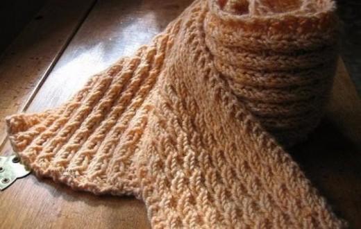 Красивая и простая вязка узором «колосок» для вязания шарфа