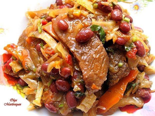 Блюдо дня — Тушеная говядина с капустой и фасолью