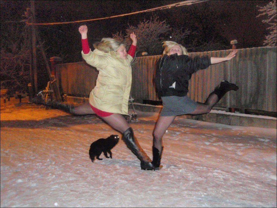 Секс на улице зимой на тур базе