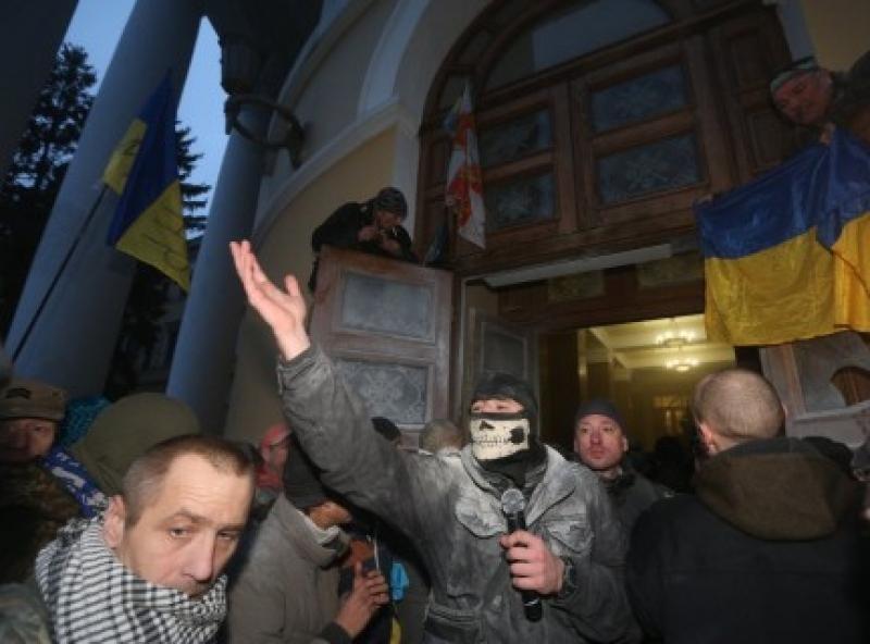 Намокшие памперсы Геращенко: власть обвиняет Саакашвили  в звырячем побытти «онижедетей»