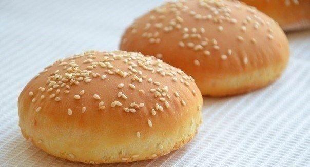 Готовим булочки для гамбургеров: мягкие и нежные, как облака!