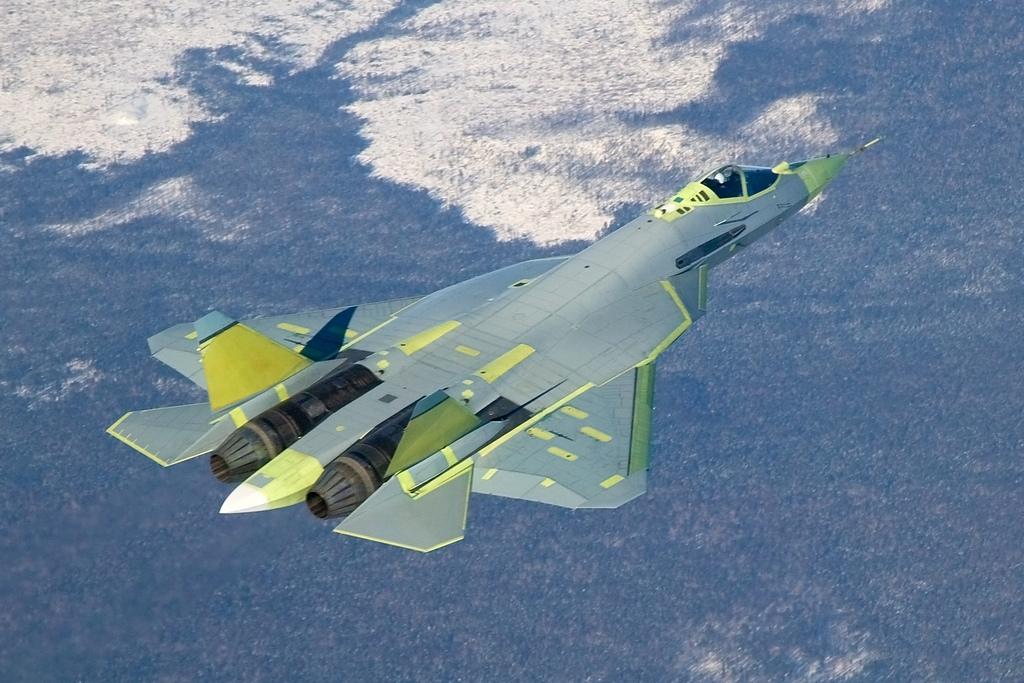 Стали известны сроки первого полета истребителя Т-50 с новым двигателем