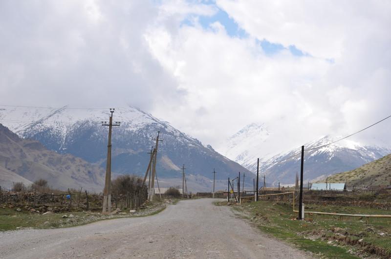 На второй день в лагере стало скучно сидеть и решено было покататься и смотреть окрестности 4х4, КЧР, внедорожие, горы, карачаево-черкесия