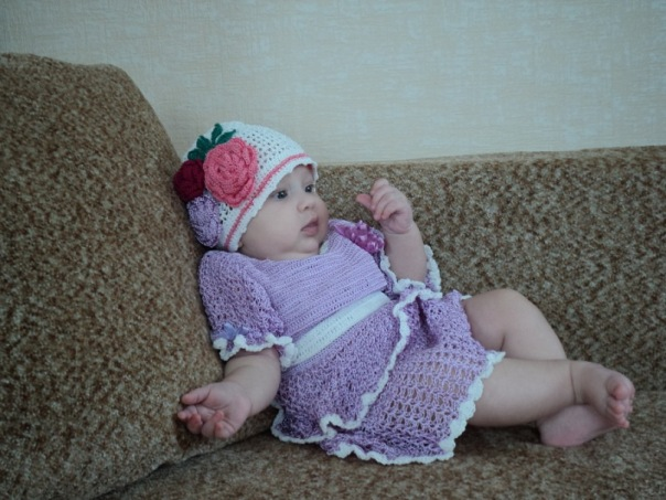 Платье и шапочка для дочки. На конкурс