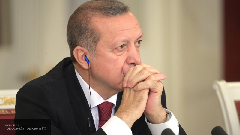 Эрдоган заявил о независимости Турции от США в вопросе покупки С-400