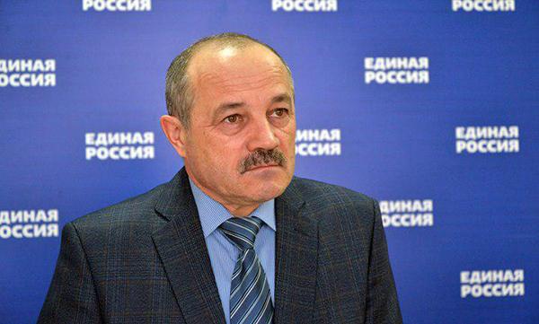 Депутат от «Единой России» добился блокировки пабликов, где продавали настойку боярышника