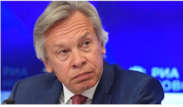 """Сенатор отреагировал на обещание Зеленского """"заботиться"""" о крымчанах"""