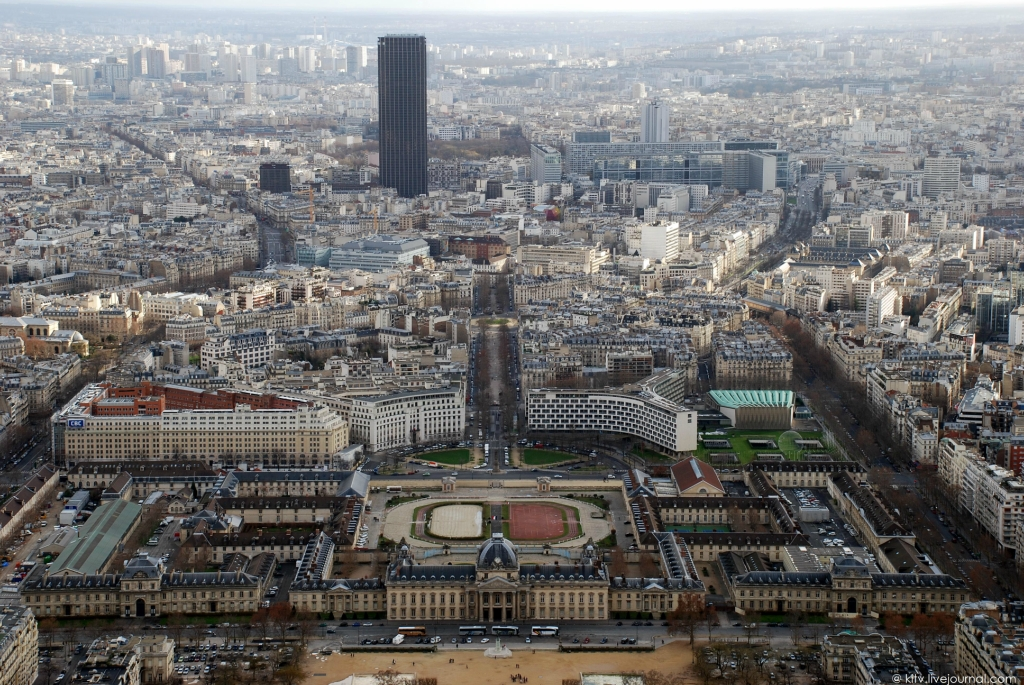 Париж с Эйфелевой башни