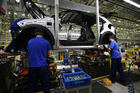 Прогноз Минпромторга: производство автомобилей в России увеличится на 8%