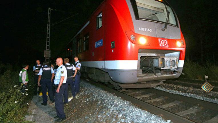 Мужчина с ножом напал на пассажиров поезда в Швейцарии