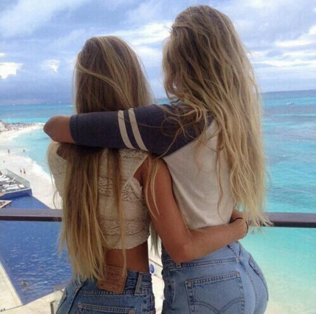 Смотреть секс с красивой сестрой 10 фотография