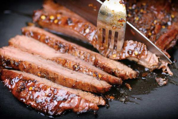 8 способов превратить фланк стейк в нежнейший кусок мяса