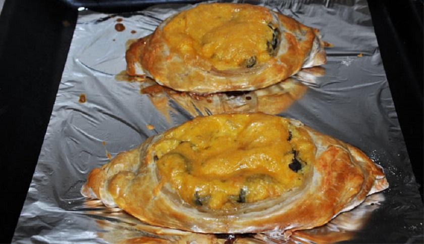 Лодочки из слоеного теста с картофелем - необычное и аппетитное блюдо!