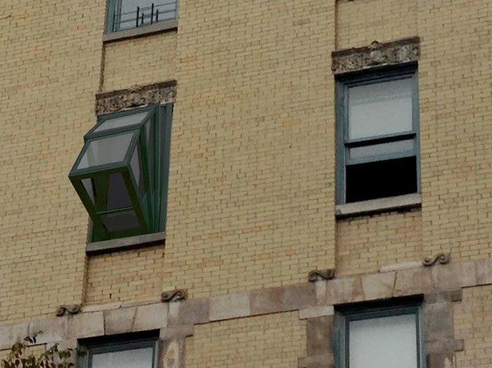 Окно, с которым можно смотреть на небо, не выходя из дома.