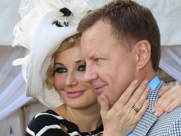 Беременная Максакова призналась в любви к «беглому» мужу