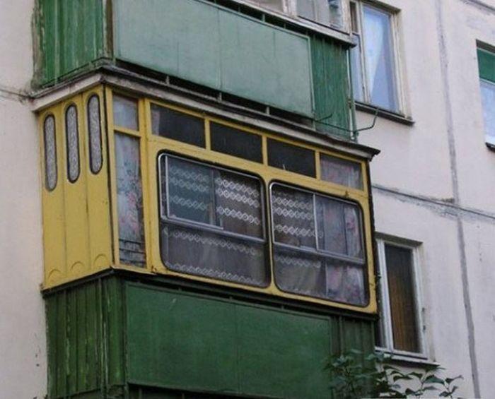 Сильно креативные балконы)
