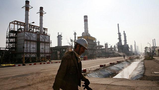 Белоруссия купила первую партию нефти у Ирана