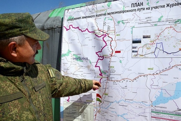 Первые грузовые поезда проследовали через обход Украины