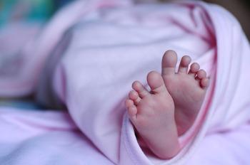 В Испании у россиянки отобрали 11-месячного малыша