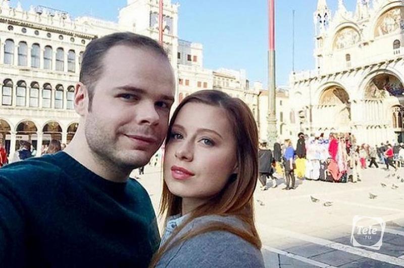 Юля Савичева стала многодетной мамой