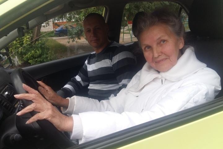 Жительница Кунгура решила стать водителем в 70 лет
