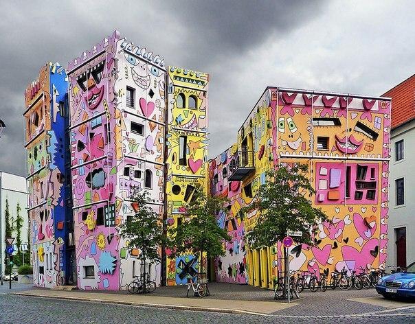 Счастливый дом Рицци в Германии.