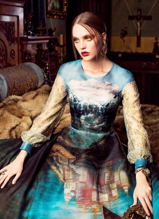 Проект Paint Me Over, основанный на картинах Никаса Сафронова.