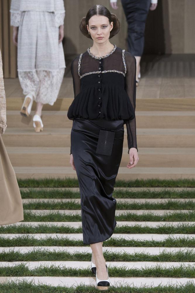 Элегантность и безупречность блузок Коко Шанель