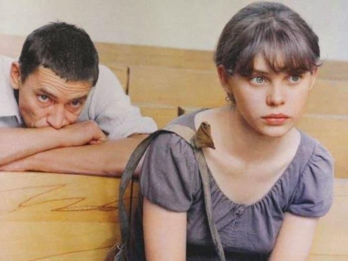 Валерий Приемыхов и Ольга Машная в фильме *Пацаны*, 1983 | Фото: eg.ru