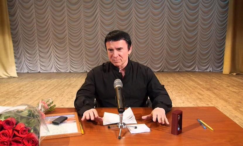 Кашпировский: Порошенко упустит в нынешнем году шанс закончить войну в Донбассе