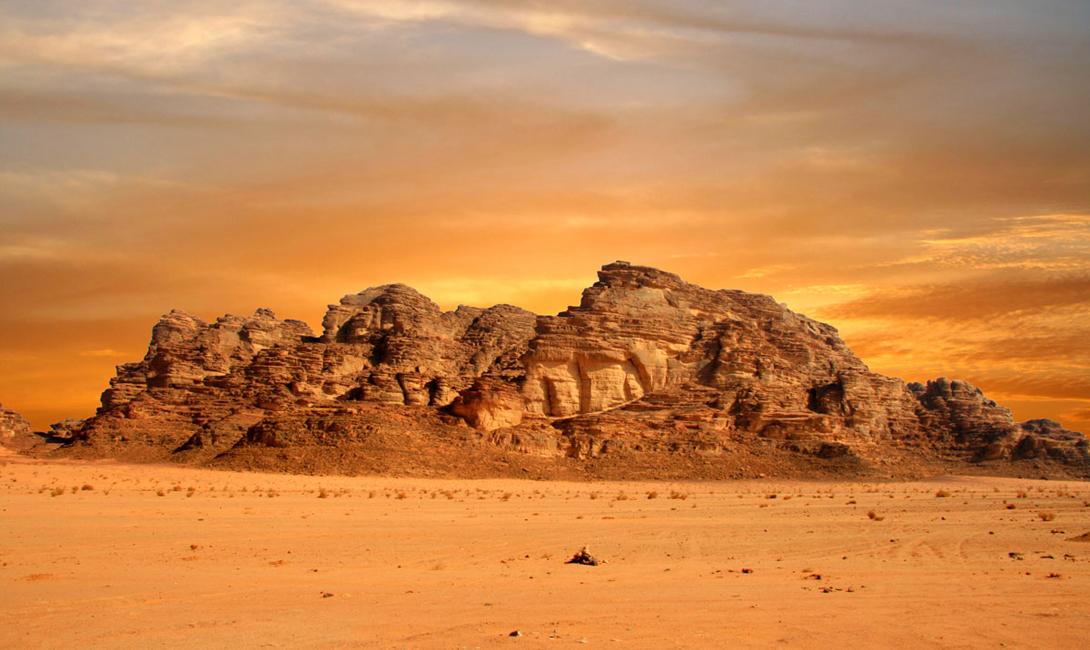 Вади Рам появилась еще в 6 веке до н.э., в результате разлома земной коры. Обилие оазисов сделало пустыню излюбленной дорогой караванщиков, переправлявших товары из Сирии в Палестину.