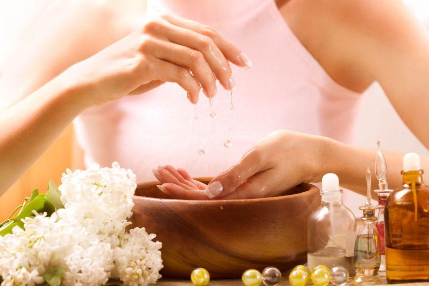 Лучший уход за кожей с помощью парафиновой ванночки для рук и ног
