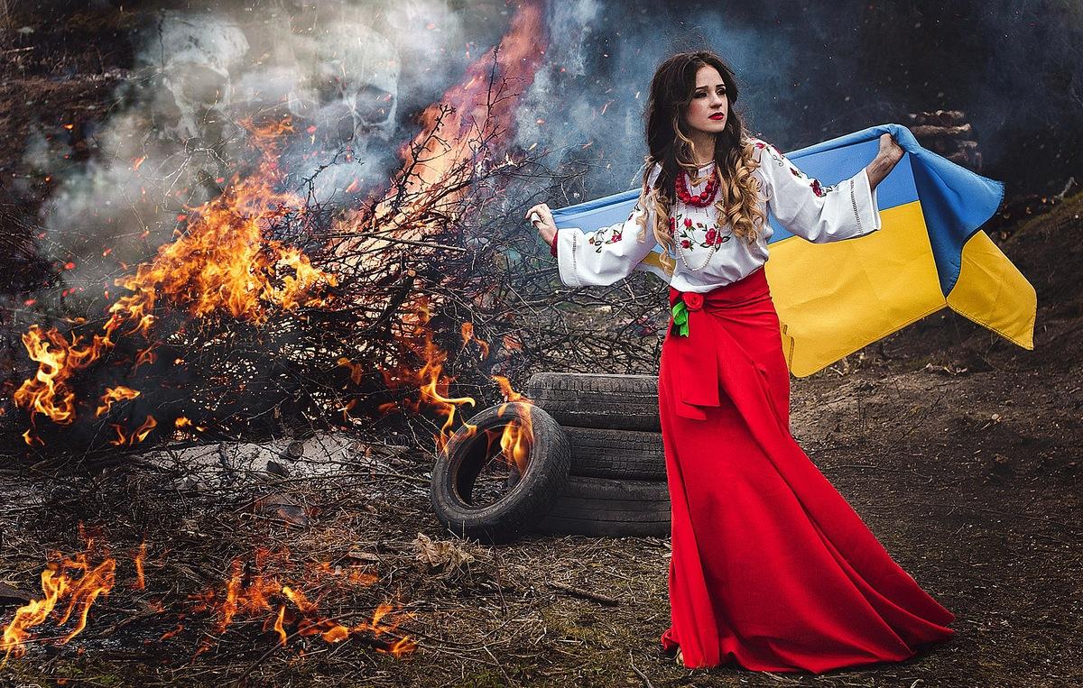 Легендарный режиссер Оливер Стоун: За конфликтом на Украине стоит ЦРУ