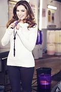Келли Брук (Kelly Brook) в фотосессии для рекламы молочного шоколада Cadbury (2014).