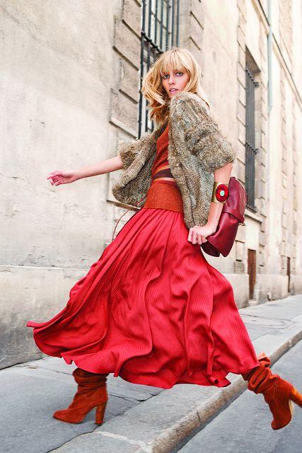 Красная юбка — как выгодно подчеркнуть розовую мечту каждой женщины