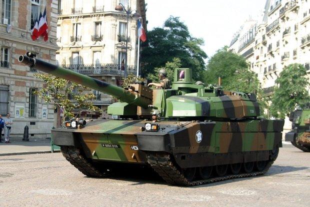 Истребители с ядерным оружием и бесшумные подлодки: самое опасное оружие армий Европы