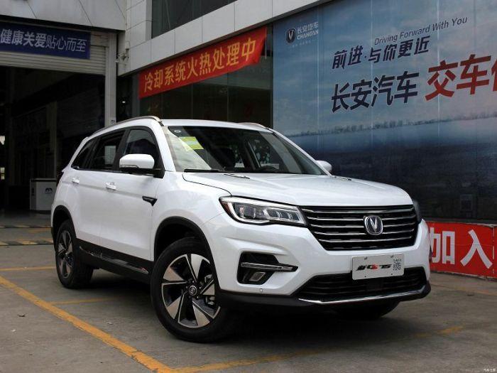 Китайский кроссовер Changan CS75, о существовании которого многие водители даже не догадываются. | Фото: ilovecross.com.