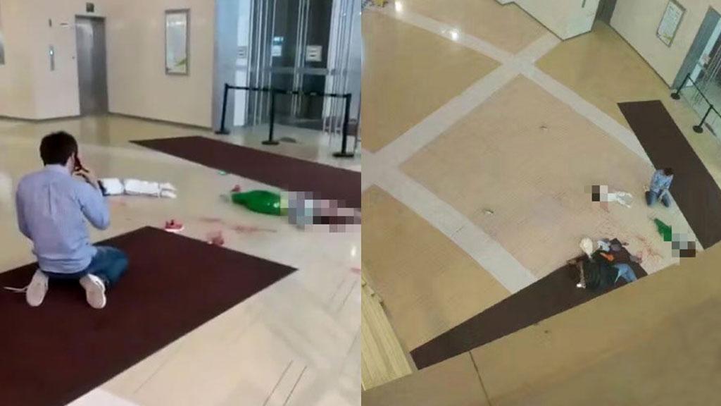 Посетитель ТЦ в Китае уронил своих детей с четвертого этажа