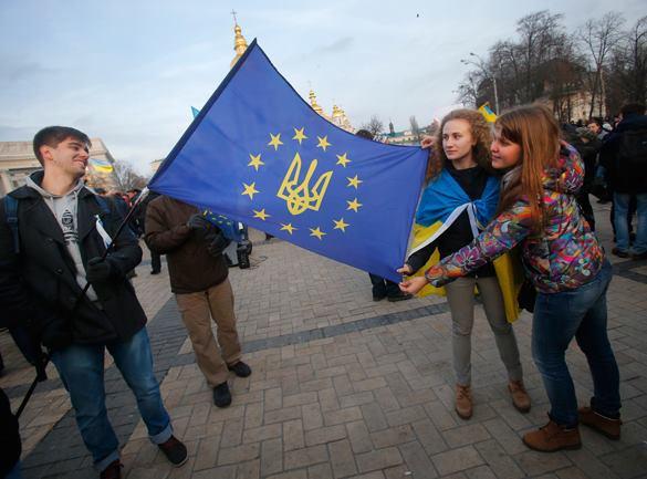 Политолог: Украина не прозреет, а через 10-15 лет станет очень бедной, но идеально антироссийской Эстонией