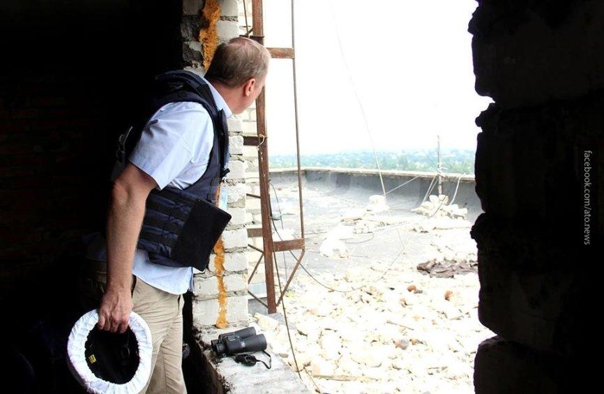 Курт Волкер пригрозил России мировой изоляцией при «заморозке» конфликта в Донбассе
