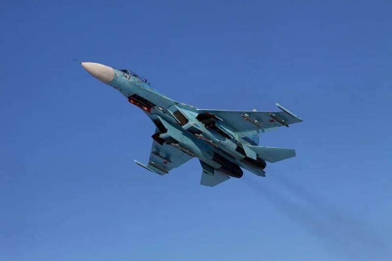 Самолет Шойгу защитили от истребителя НАТО