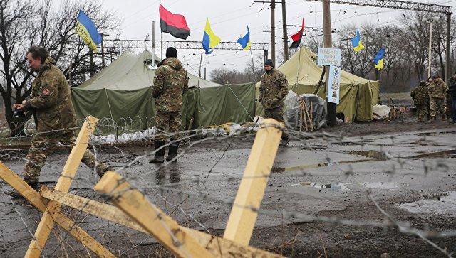 Украинский замминистра: Киев сам отталкивает Донбасс, в том числе, блокадой