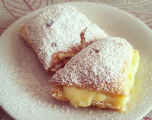 Неженка - сладкие пирожные-слойки. Легкий рецепт
