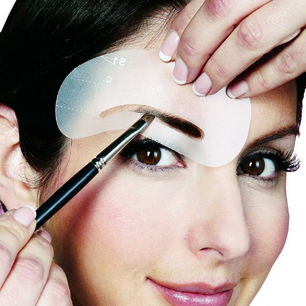 Stencils for eye makeup